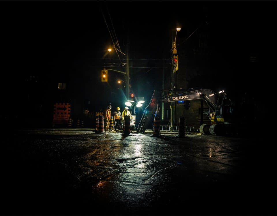 engineers-at-work-at-night-inspection